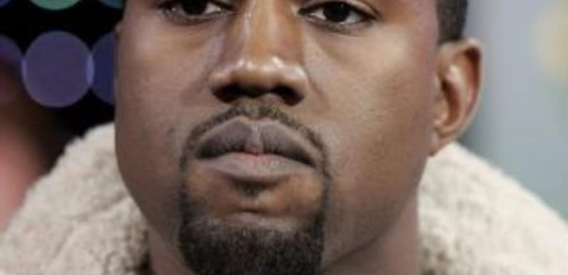 Kanye West apologises for saying slavery was 'a choice'