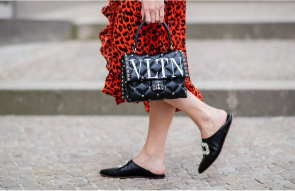 If You Have Wide Feet, These 10 Flats Are Exactly What You Need (Plus, They're Cute)
