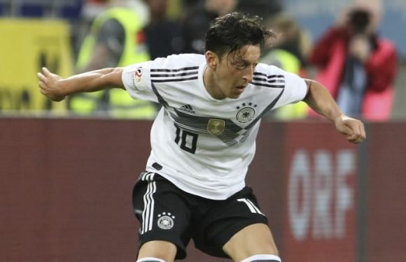 "Ozil quitting Germany over racism claims ""nonsense"": Kroos"