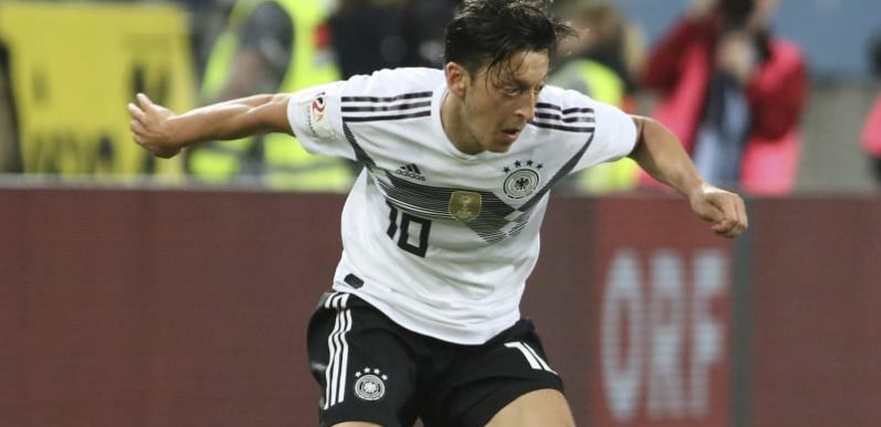 """Ozil quitting Germany over racism claims """"nonsense"""": Kroos"""