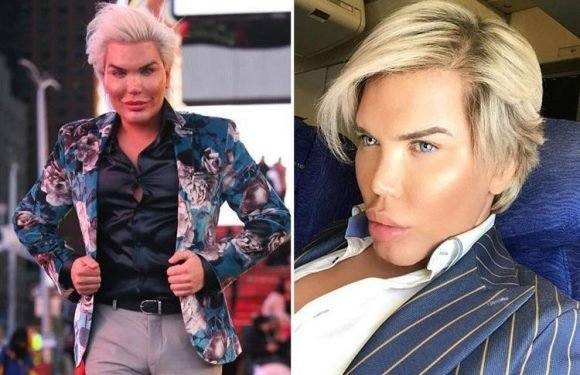 Human Ken Doll Rodrigo Alves already threatening to quit CBB if he's not given luxury items behind other housemates' backs