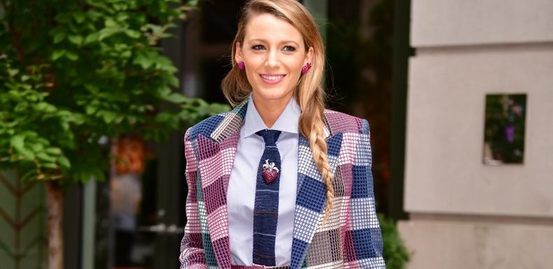 Blake Lively Wore A Fantastic Pantsuit To Meet Up With Anna Kendrick