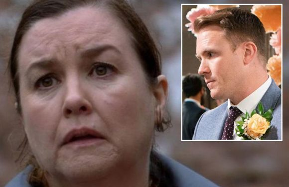 Coronation Street's Mary Taylor left terrified of son Jude Appleton as he attacks her after she confronts him over his pathological lying