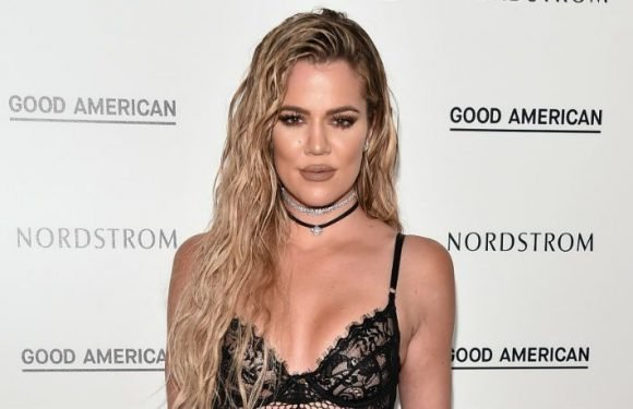 Khloe Kardashian 'Anxious' To Announce Pregnancy In 'Keeping Up With The Kardashians' Preview
