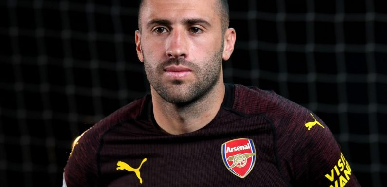 Arsenal goalkeeper David Ospina joins Napoli on loan with Italian club holding option to buy