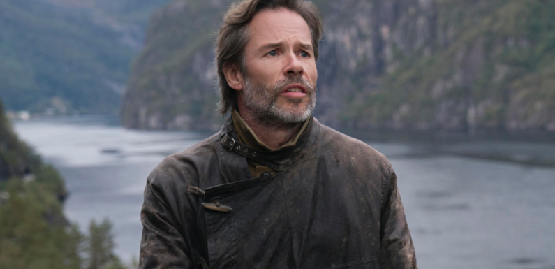 Netflix Prohibits Actors From Talking About 'Binge-Watching' During Interviews, Says Guy Pearce