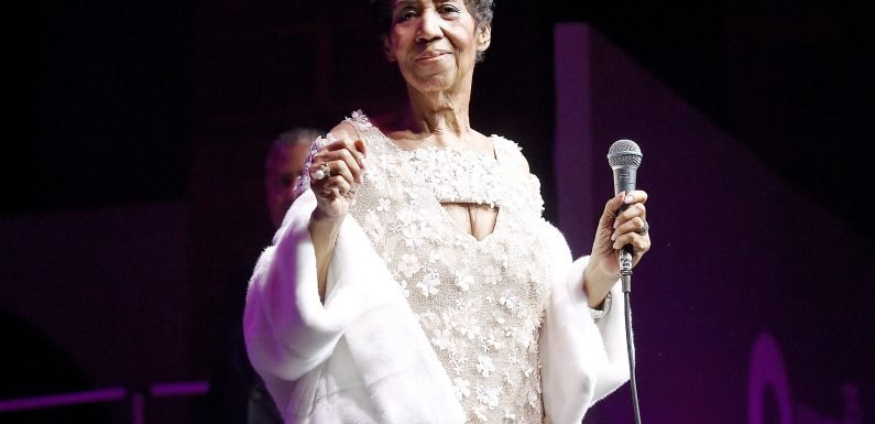 Queen of Soul Aretha Franklin Is 'Gravely Ill': Reports