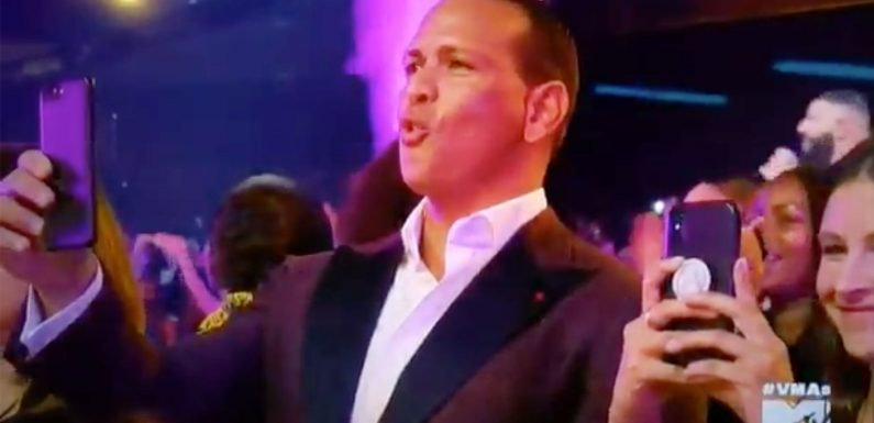 Alex Rodriguez Shows His Love for J.Lo'sDerrière in the Cutest Way Possible at the MTV VMAs
