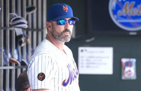 Mets can't afford to rebuild with good pitching and bad defense