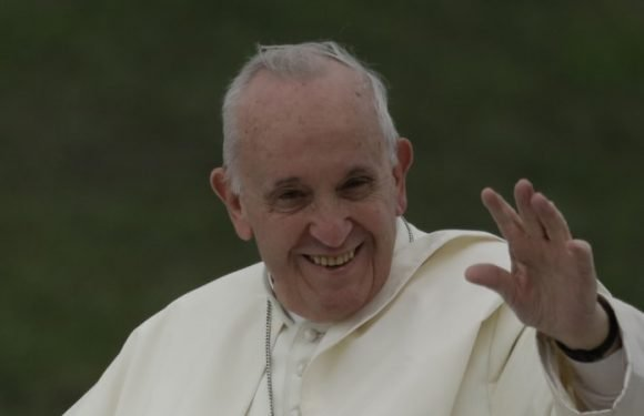 Pope issues sweeping apology for Catholic Church 'crimes' in Ireland