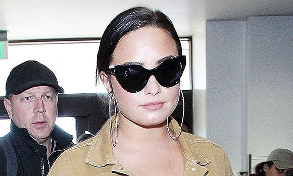 Demi Lovato Secretly Leaves Rehab In The Middle Of The Night For Trip To Chicago: Why She Did It