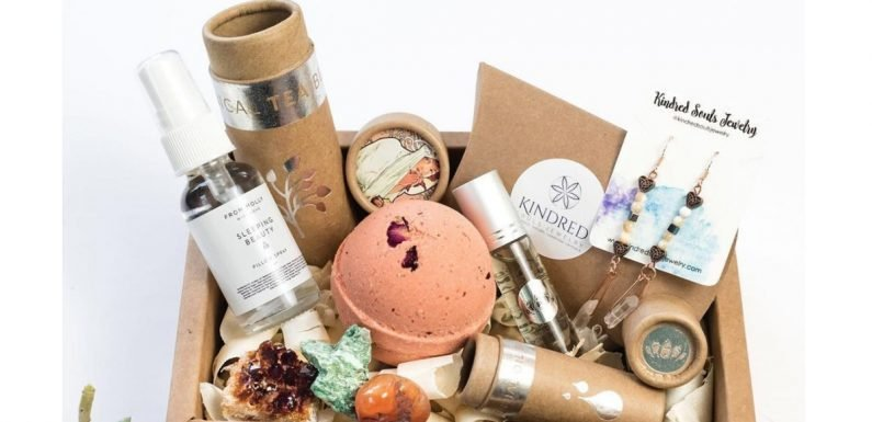 MoonBox Beauty Subscription Is The Monthly Self-Care Service Aligned With The Sky