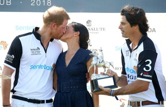 Royal PDA Dos and Don'ts: How Affectionate Can Royal Couples Be in Public?