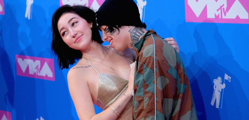 Miley Cyrus' Little Sister Just Made Out with Her Boyfriend on the MTV VMAs Red Carpet