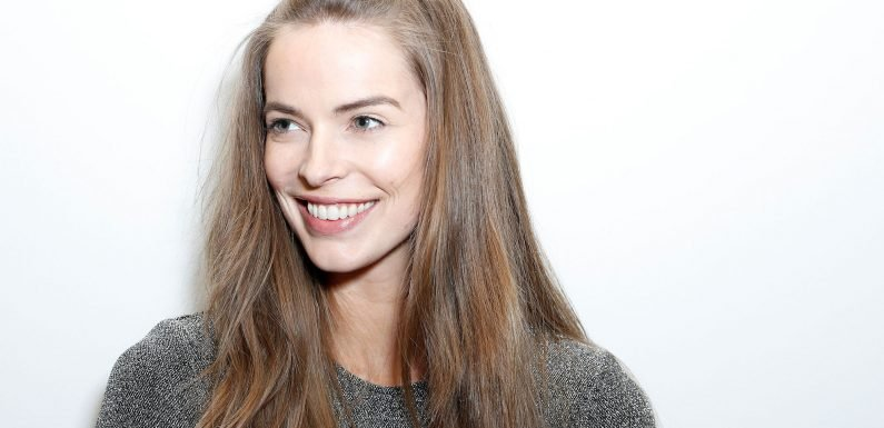 Model Robyn Lawley won't get plastic surgery to erase her 'Harry Potter scar'