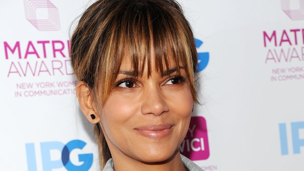 Halle Berry Got the Sweetest Birthday Note from Her Daughter