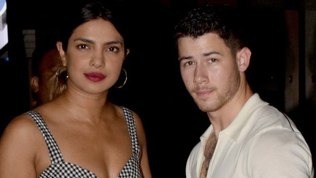 We Finally Have a Clear Photo of Priyanka Chopra's Engagement Ring from Nick Jonas