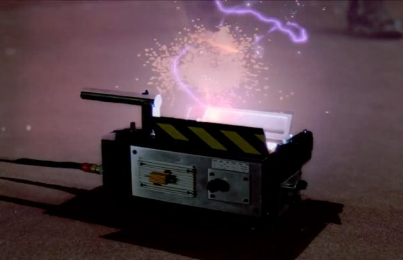 Cool Stuff: 'Ghostbusters' Ghost Trap Prop Replica Coming from Hollywood Collectibles