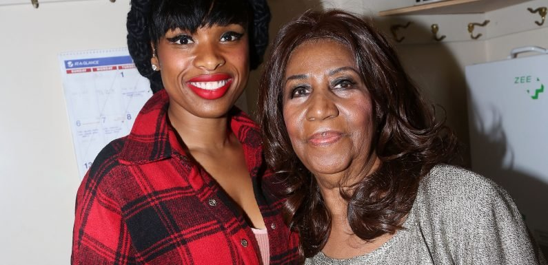 Jennifer Hudson, Who Will Portray Aretha Franklin in Upcoming Biopic, Mourns Queen of Soul's Death