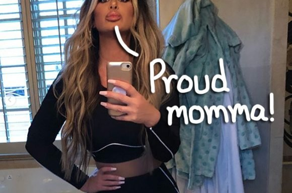 Perfect Score! Kim Zolciak Celebrates Daughter Ariana Passing Her Driving Test — Look!