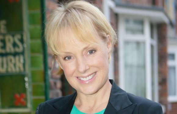 Coronation Street's Sally Metcalfe WILL be linked to those fake text messages
