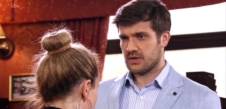 Coronation Street's Henry Newton makes a huge new confession to Gemma Winter next week