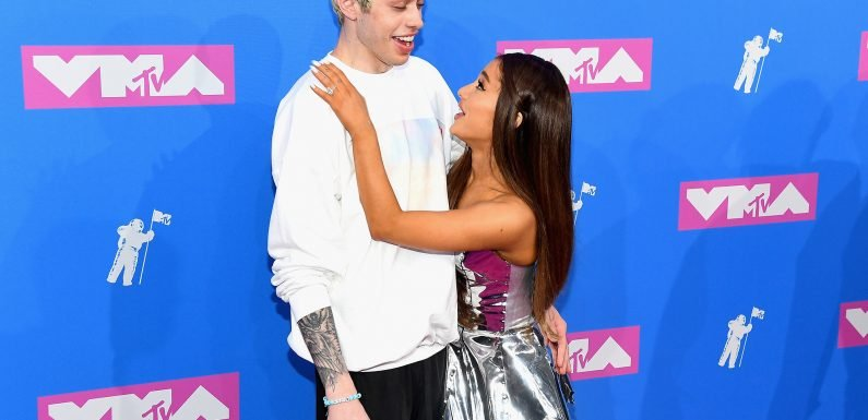 Pete Davidson's VMAs bracelet suggests he and Ariana may already be married