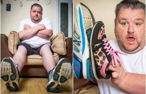 Dad blames size NINETEEN feet for job woes as he can't find shoes big enough for job interviews