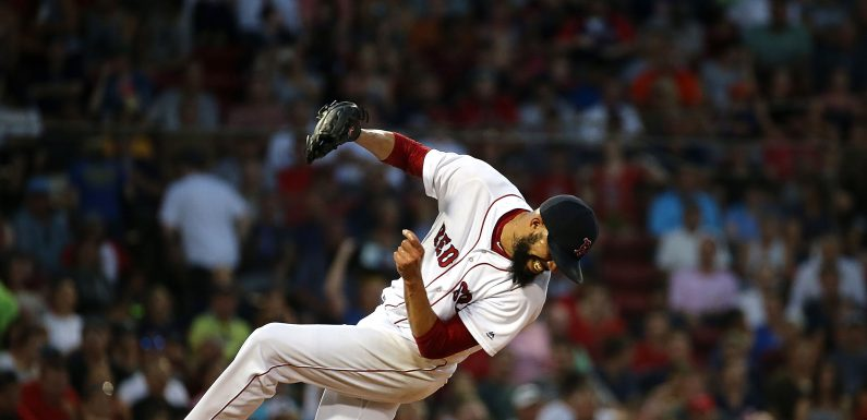 David Price exits game after getting drilled by line drive