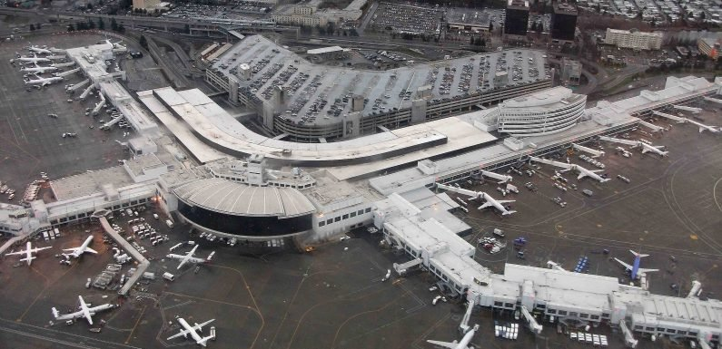 Airplane Mechanic Allegedly Hijacks Plane Closing Down a Seattle Airport Before Doing Stunts & Crashing