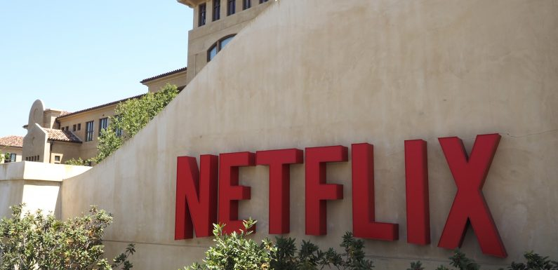 Netflix Has Deleted Every User Review Ever Posted to Its Website