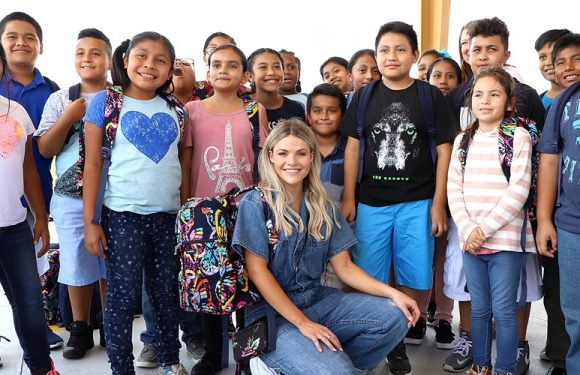 Witney Carson Got So Many Hugs During The Blessings In A Backpack Charity Event