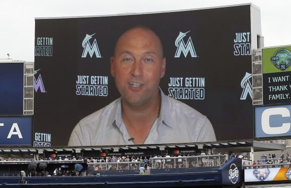 Even Derek Jeter has moved on, but Yankees' mission stays same