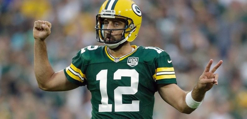 Aaron Rodgers reportedly NFL's highest-paid player after signing extension with Packers