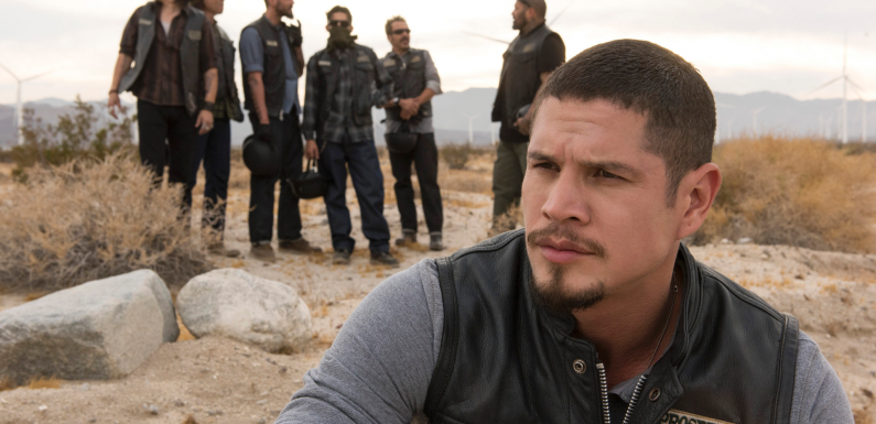 'Sons of Anarchy' spinoff 'Mayans M.C.' tackles border world