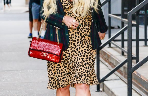 Jessica Simpson Loves Playing 'Dress Up' on Work Trips: Inside Her N.Y.C. Style Parade