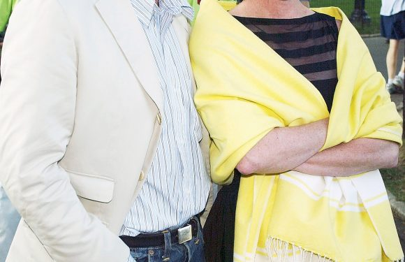 Kate Spade's Husband Pays Tribute to Late Designer as He Opens Up About 'Difficult Time'