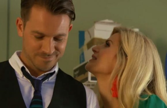 Hollyoaks viewers are sick of Darren and Mandy as they continue their affair