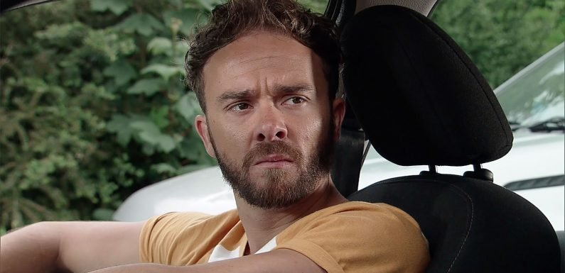 Coronation Street star Jack P Shepherd hits back at troll who compared his hair to roadkill