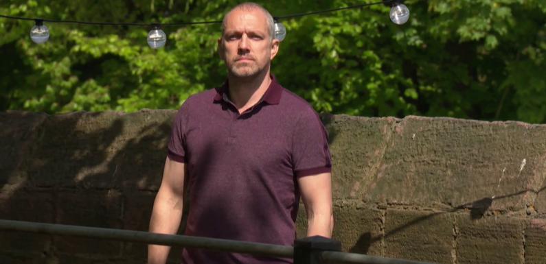 "Hollyoaks fans ""can't cope"" as Glenn Donovan threatens to claim another victim"