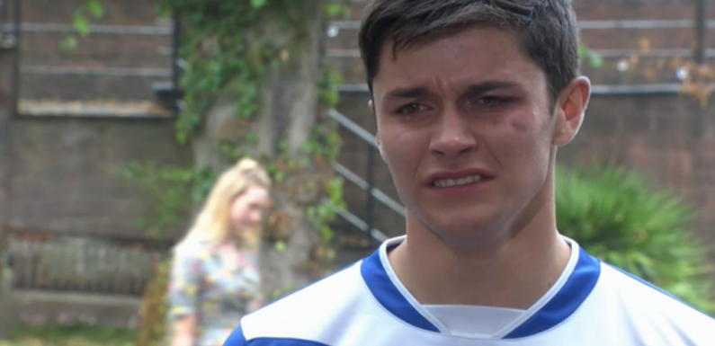 Hollyoaks fans desperate for Scott Drinkwell to save Ollie Morgan from Buster Smith's sickening abuse