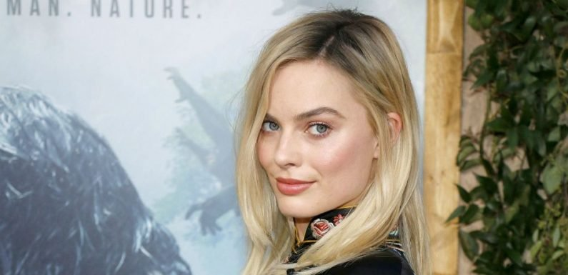 Margot Robbie Posts Photo Of Herself As Sharon Tate In Quentin Tarantino's New Movie