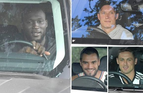 Paul Pogba and Romelu Lukaku return to Manchester United training to give miserable Jose Mourinho boost before Premier League opener