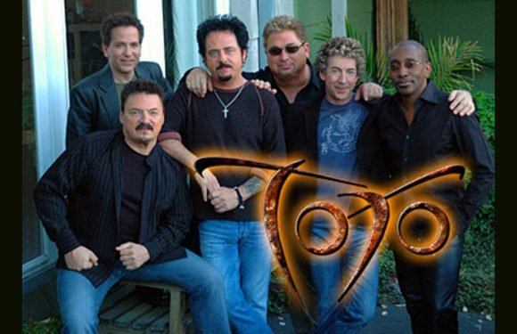 Toto Set To Cover Weezer's 'Hash Pipe'