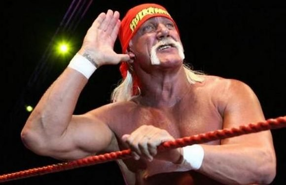 WWE Spoilers: Hulk Hogan Has Been Spotted In Miami, The Location Of Tonight's 'Monday Night Raw'