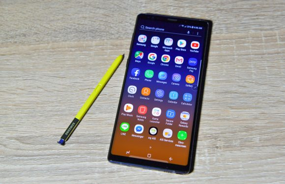 Woman says Galaxy Note 9 burst into flames inside her purse