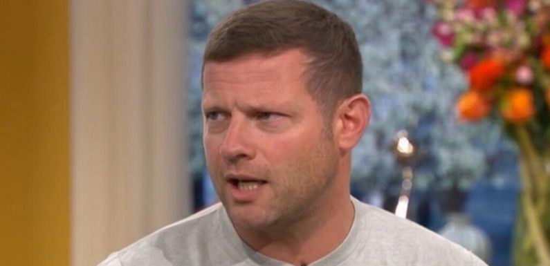 Dermot O'Leary reveals shocking moment his wife delivered kittens in their bed