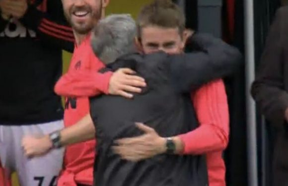 Brilliant reason behind why Mourinho hugged his coach following Smalling's goal