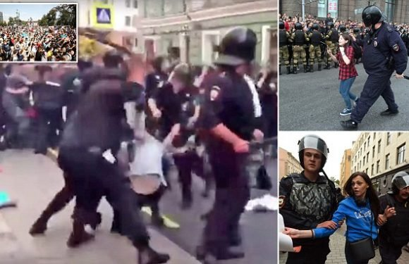 At least 1,000 detained at anti-government protests in Russia