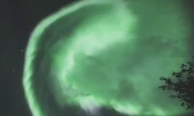 Stunning footage shows the northern lights over Lapland